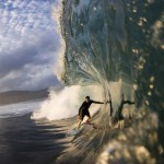 40 Aggressive Examples of Waves Photography