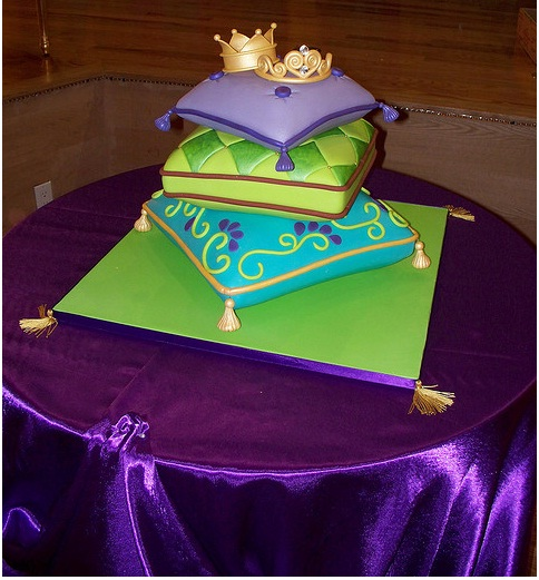 Off The Wall Wedding Cake Designs Designfollow